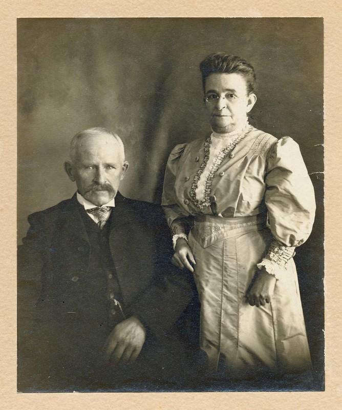 Flaggs c. 1900.jpg