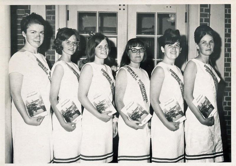 Bicentennial Queen 1.jpg