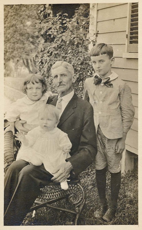 Unknown man with 3 children.jpg
