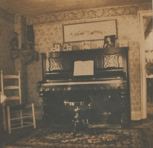 Newhall-front room.jpg
