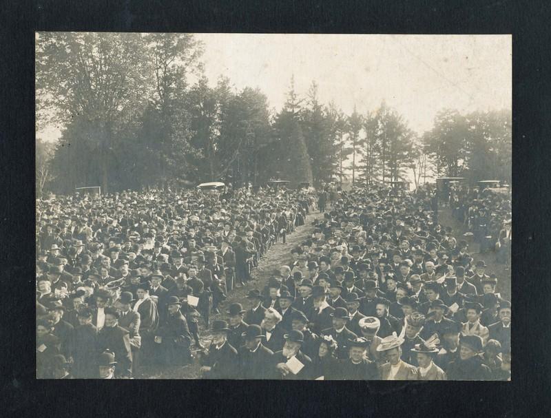 1915 Festival.jpg