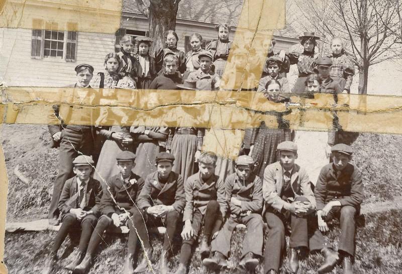 Pumpkin Hollow School 1896-7.jpg