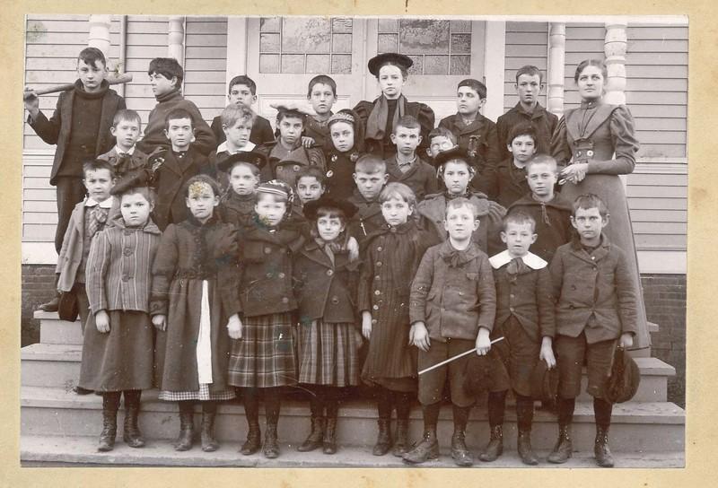 Center School 1897.jpg