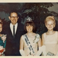 Photograph of 1968 Festival of the Hills Princess and Entourage