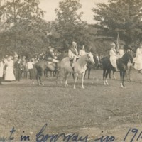 Postcard of  1915 Festival of Hills Pageant