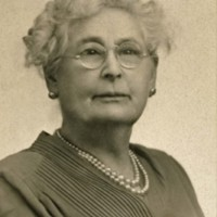 Photograph of Elizabeth Johnson Hassell