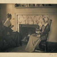 Photograph of Harriet Childs and Elsie Packer
