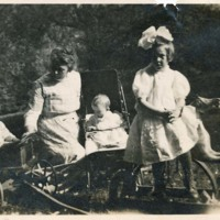Photograph of Elizabeth Johnson Hassell and Her Children